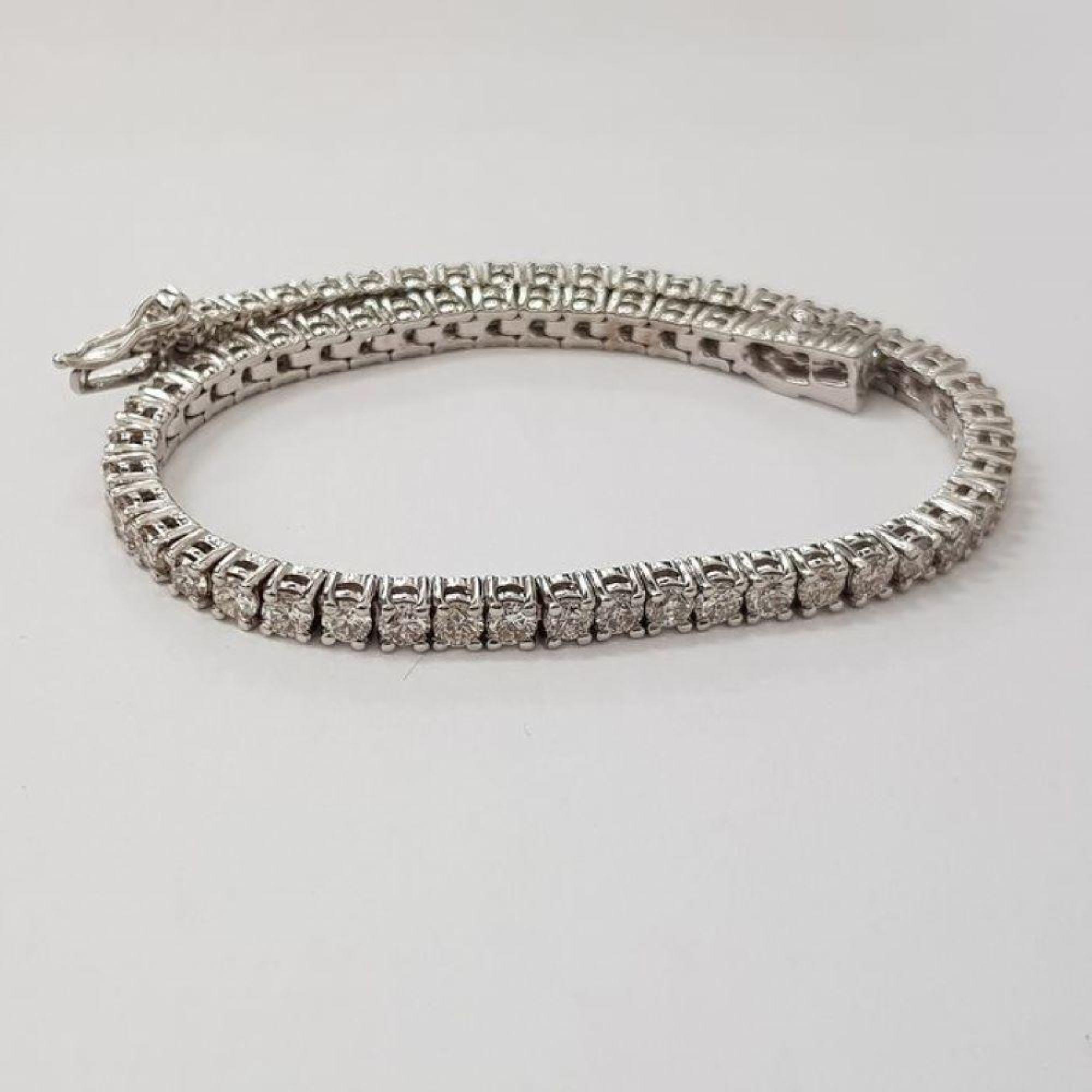 Lot 2 - 14 kt. White gold - Bracelet Diamond-1.68CTW