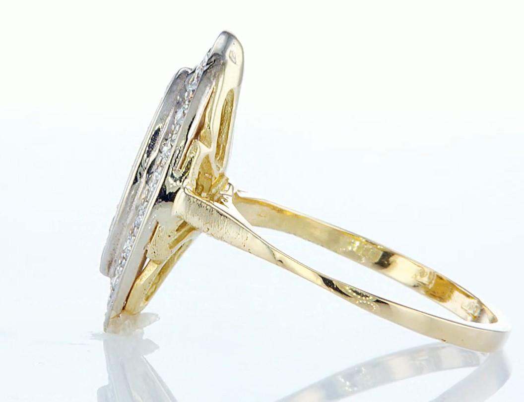 Lot 54 - 14 kt. Yellow gold - Ring - 0.46 ct Diamond - Diamonds