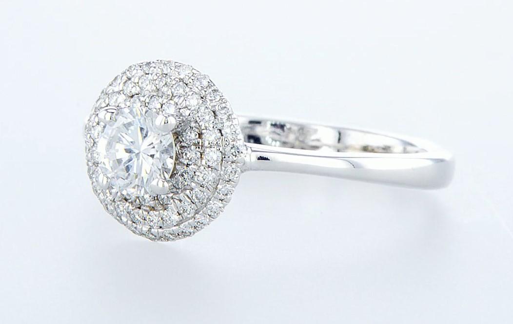 Lot 8 - 14 kt. White gold - Ring - 0.68 ct Diamond - Diamonds
