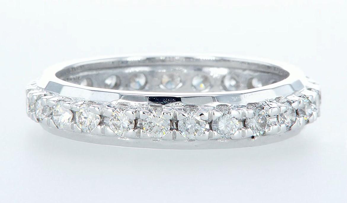 Lot 11 - 14 kt. White gold -Eternity Ring Diamond-1.00CTW