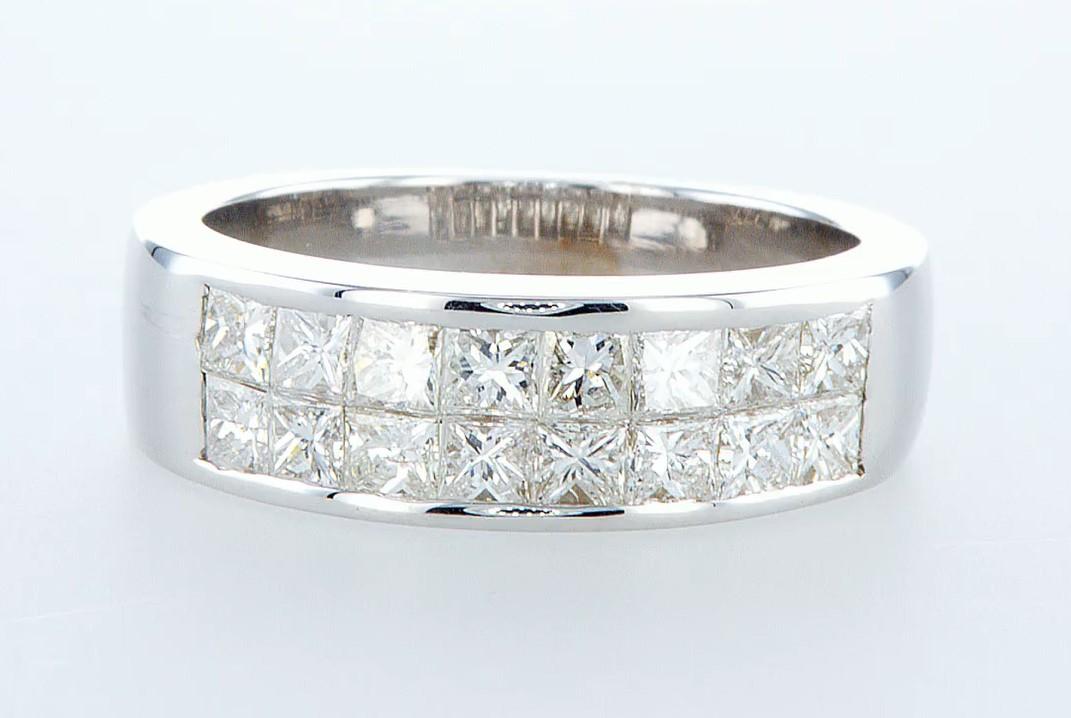 Lot 18 - 14 kt. White gold - Ring - 1.28 ct Diamond - Diamonds