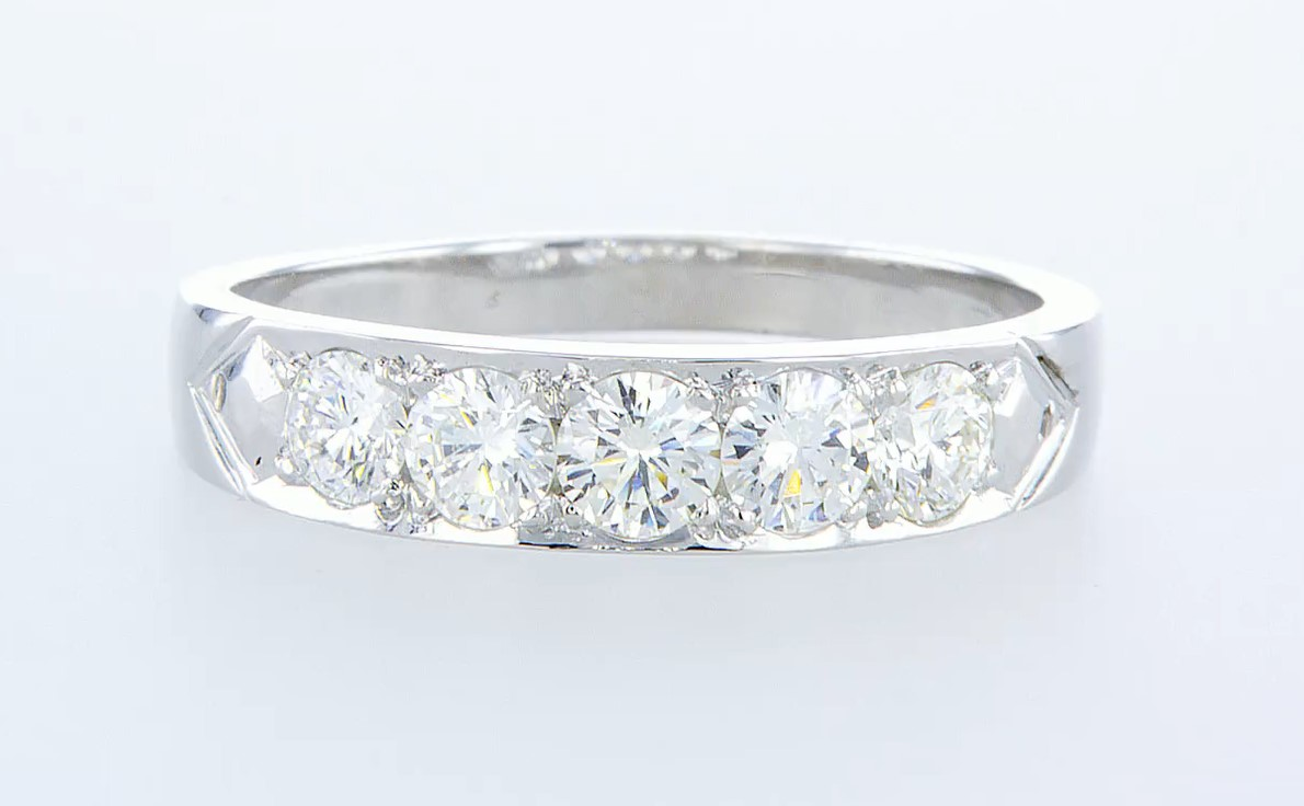 Lot 19 - 14 kt. White gold - Ring - 1.15 ct Diamond - Diamonds