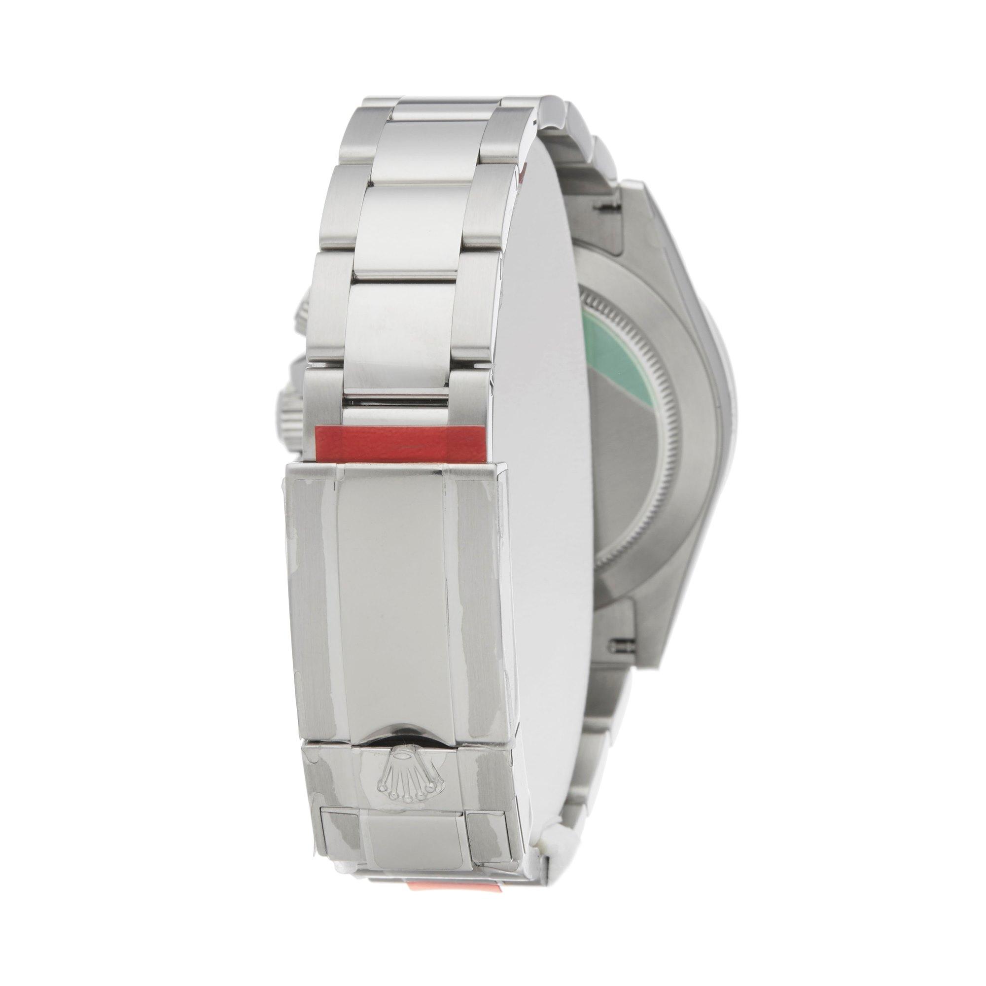 Lot 28 - Rolex Daytona 116520 Men Stainless Steel Chronograph Stickered NOS Watch