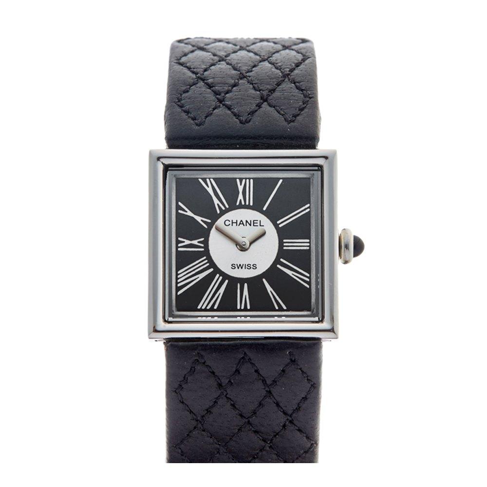 Lot 23 - Chanel Mademoiselle 1989 Ladies Platinum Watch