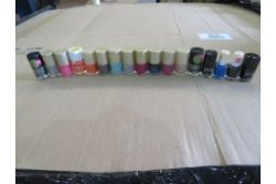 40,150 x Various nail varnish. Includes a selection of colours and styles.
