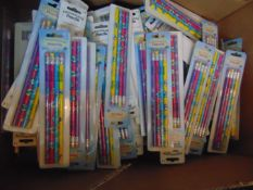 100 x 4 packs of pencils total 400 pencils,