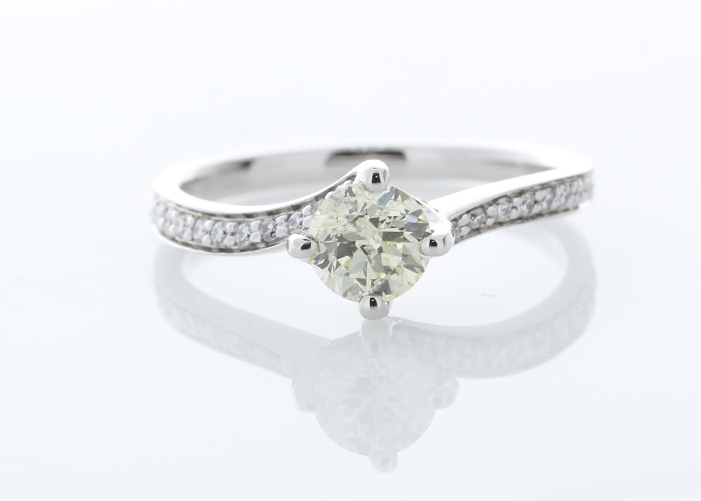 Lot 19 - 18ct White Gold Diamond set Shoulders Ring 0.72 Carats