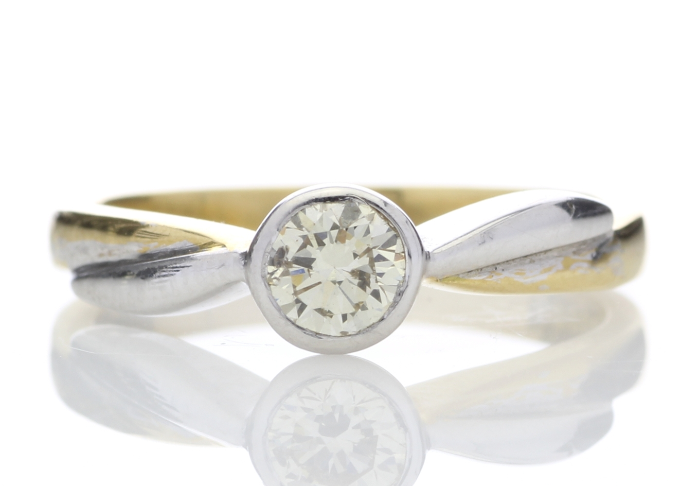 Lot 2 - 18ct Single Stone Rub Over Set Diamond Ring 0.45 Carats