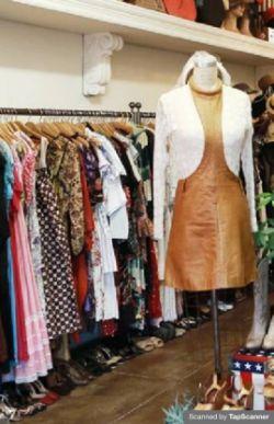 clothes boutique stock/fixtures