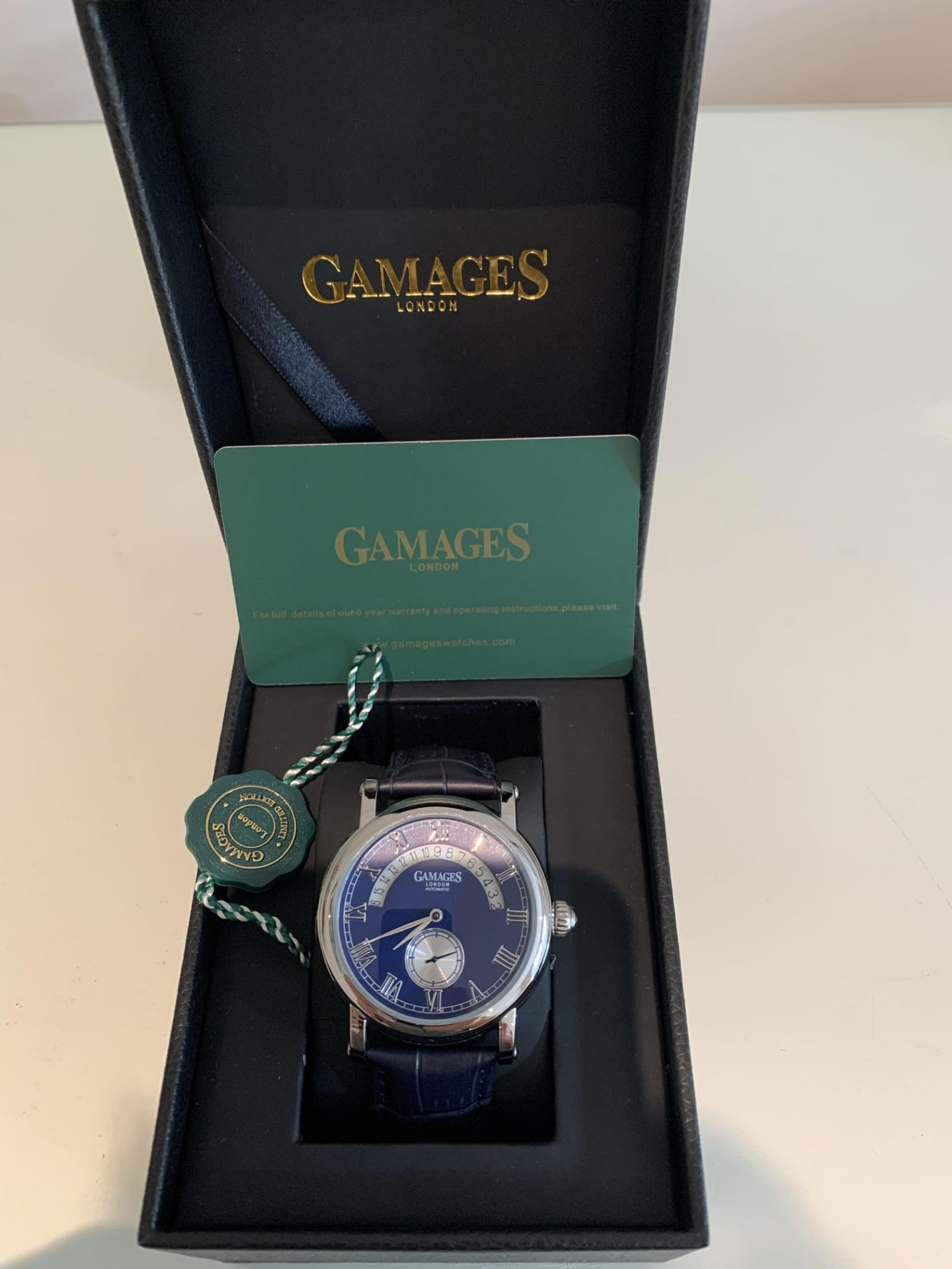 Limited Edition Hand Assembled Gamages Split Date Automatic Steel – 5 Year Warranty & Free Delivery - Image 4 of 5