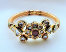 Vintage Etruscan Style Hinged Bangle