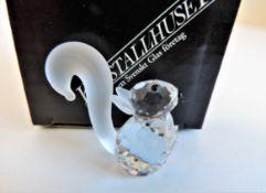 Kristallhuset Crystal Squirrel Figurine