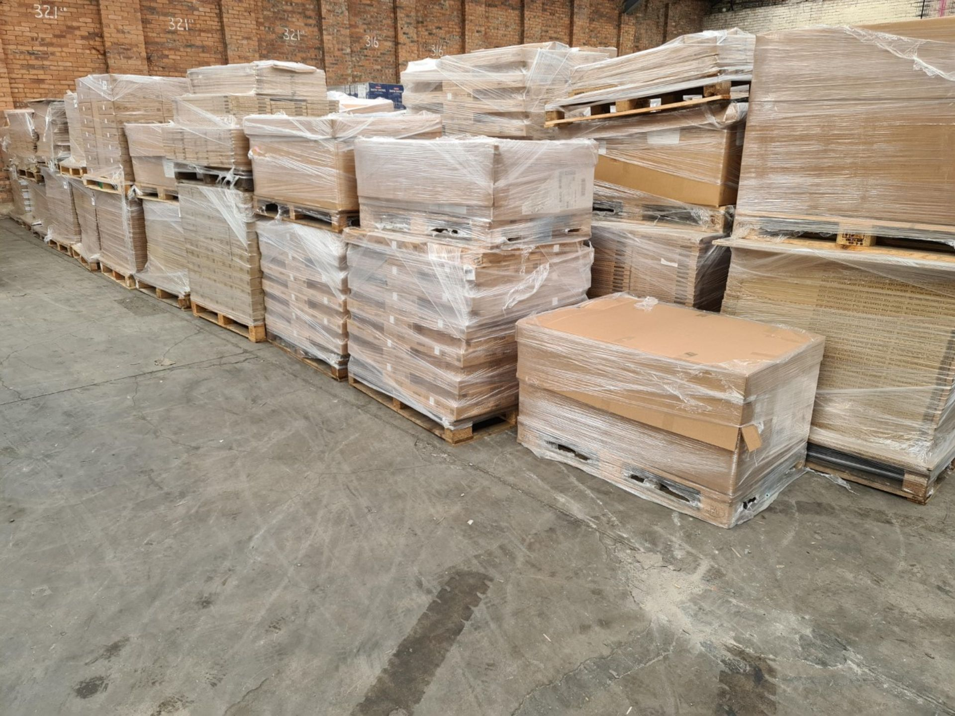 Kitchen Distributor Stock Liquidation-Circa 5,040 items of Brand-New Kitchen Goods - Sold As One Lot - Image 15 of 42