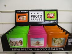 100Pcs Mini Frame For Photos And Cards - In Assorted Colours Rrp £1.99 Each