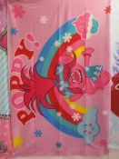 20Pcs - Brand New Assorted Fleeces And Towel - Assorted Mix Of Designs Picked From