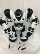 Robosapien Humanoid Toy Robot With Remote Control