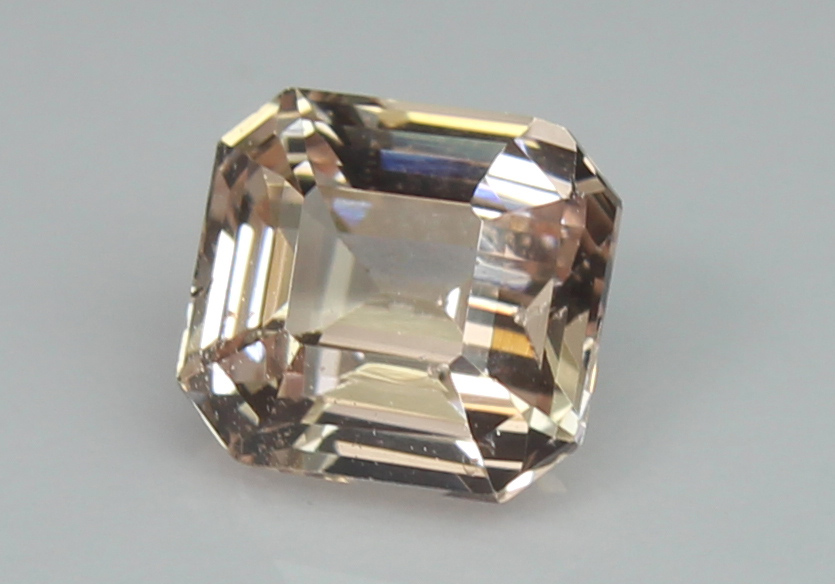Peach Sapphire, 1.25 Ct - unheated - Image 2 of 5