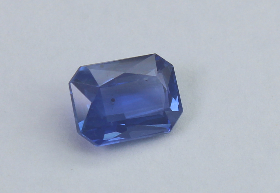 Blue Sapphire, 0.73 Ct - Image 2 of 4