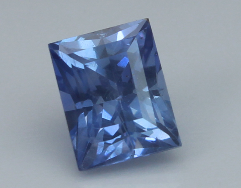 Blue Sapphire, 1.23 Ct - unheated