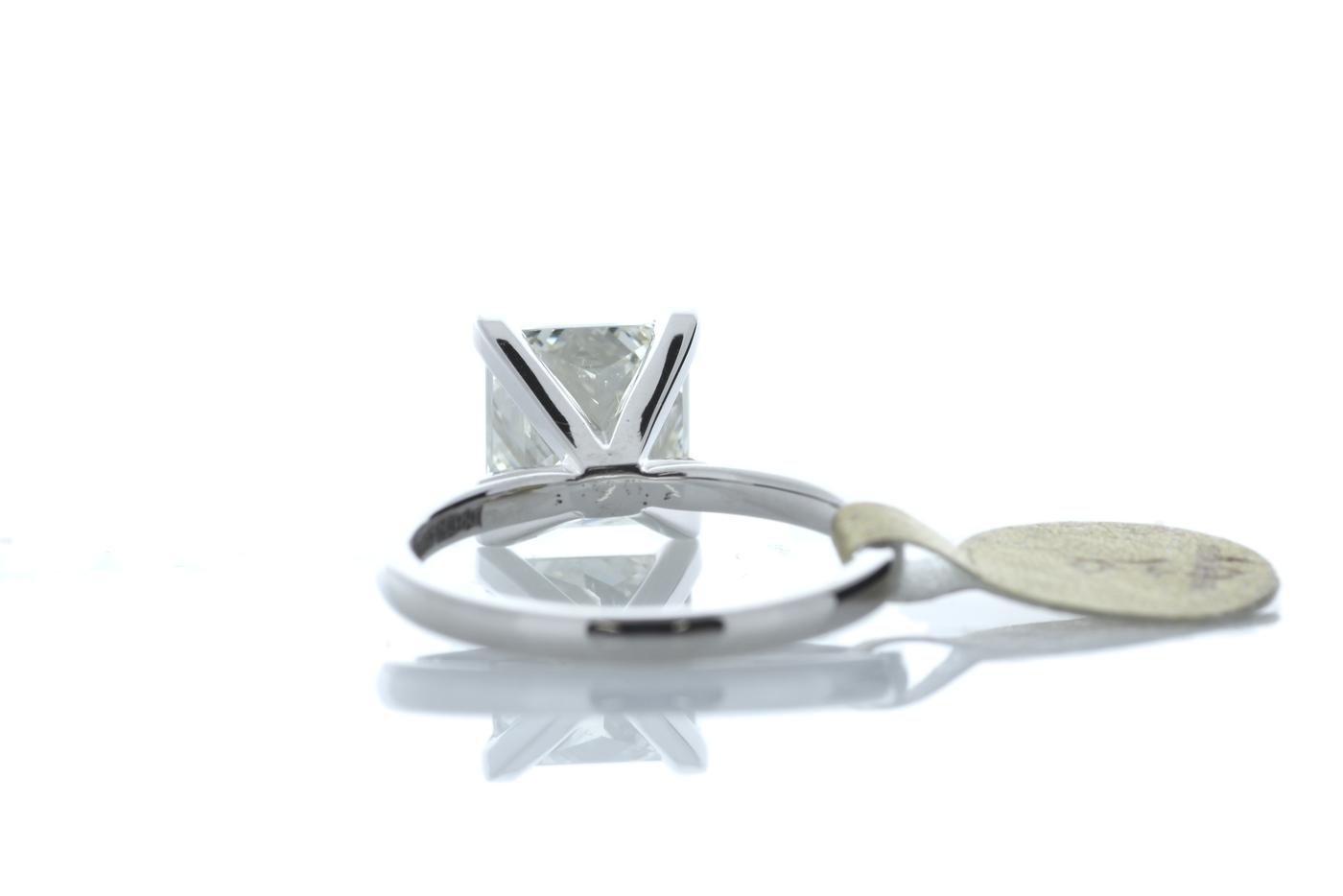 18ct White Gold Princess Cut Diamond Ring 3.09 Carats - Image 3 of 4