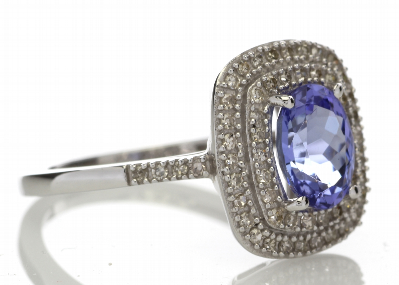 9ct Gold Oval Tanzanite And Diamond Cluster Ring 0.33 Carats - Image 4 of 5