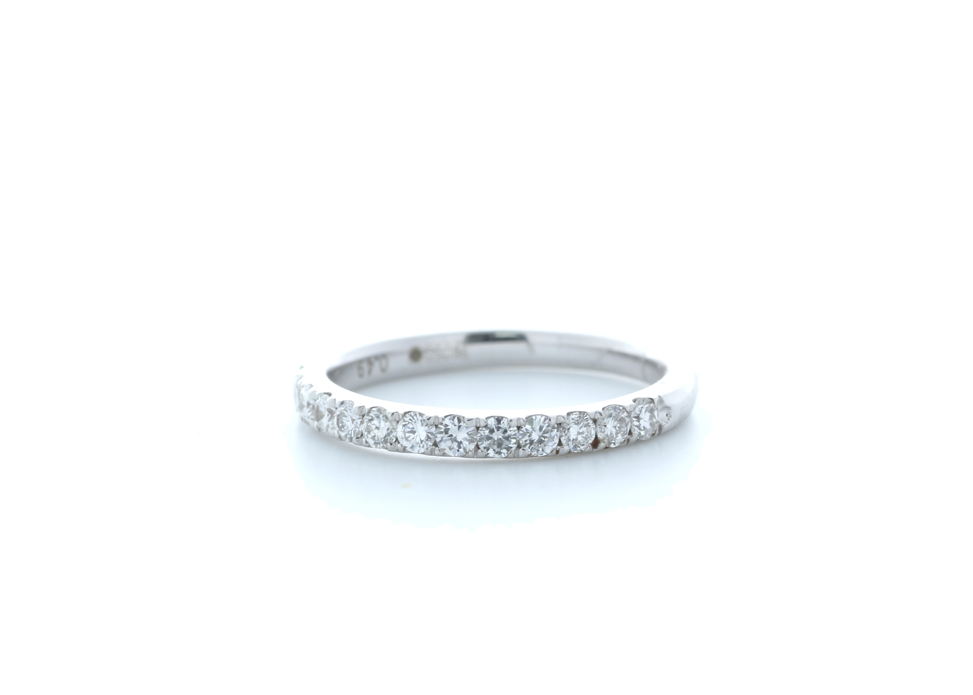 18ct White Gold Claw Set Semi Eternity Diamond Ring 0.17 Carats - Image 2 of 4