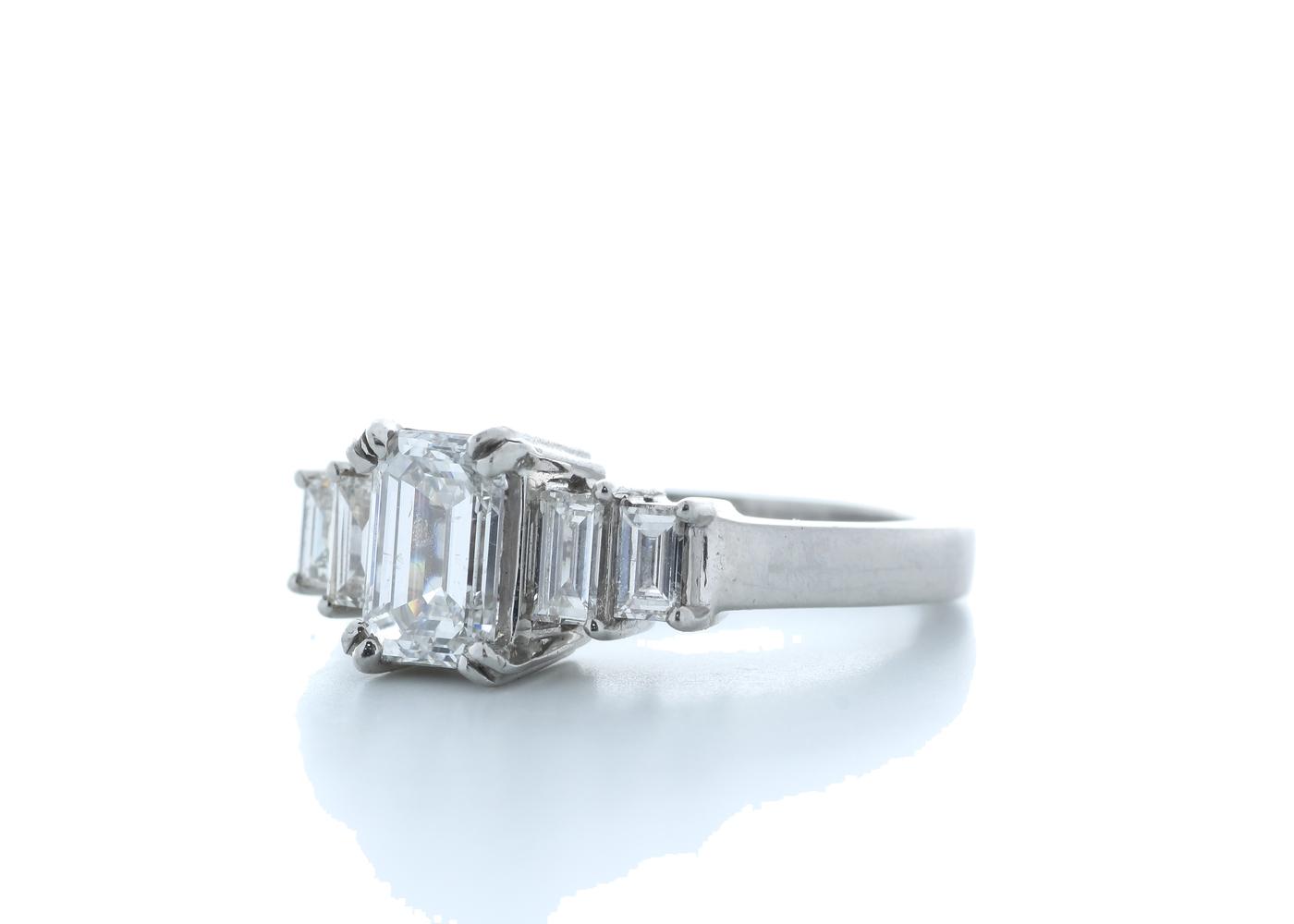 18ct White Gold Emerald Cut Diamond Ring 1.73 (1.23) Carats - Image 2 of 5