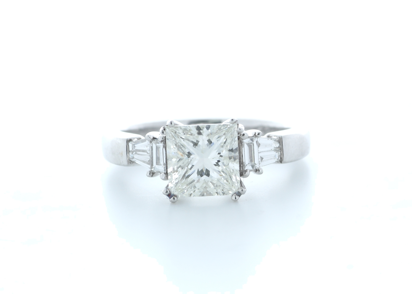 18ct White Gold Princess Cut With Stone Set Shoulders Diamond Ring 1.66 (1.51) Carats