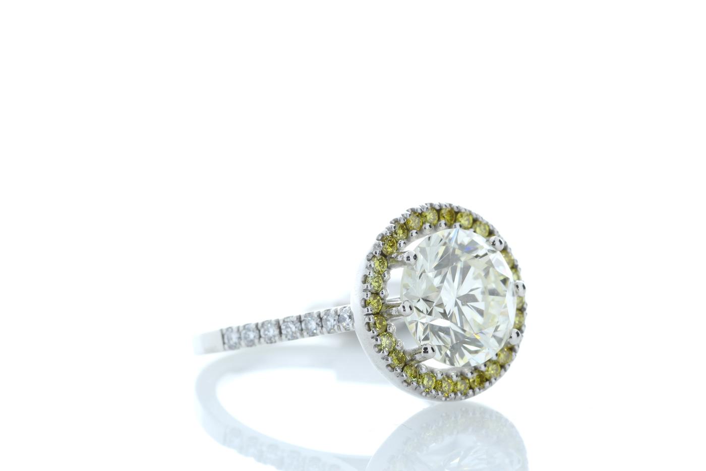 18ct White Gold Halo Set Diamond Ring 3.43 Carats - Image 4 of 5