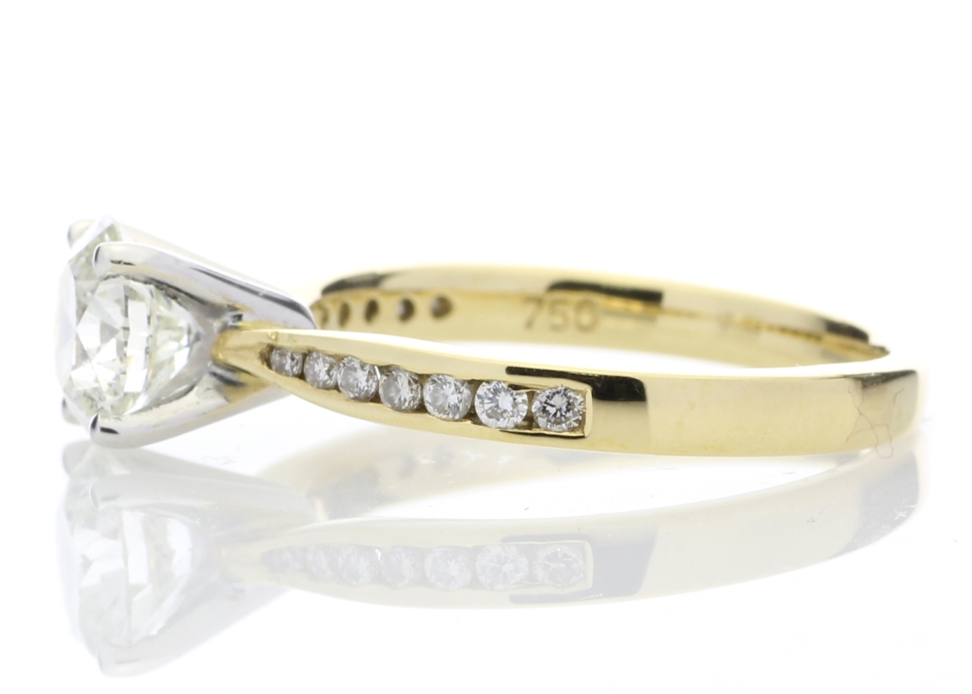 18ct Yellow Gold Diamond Ring With Stone Set Shoulders 1.28 Carats - Image 3 of 5