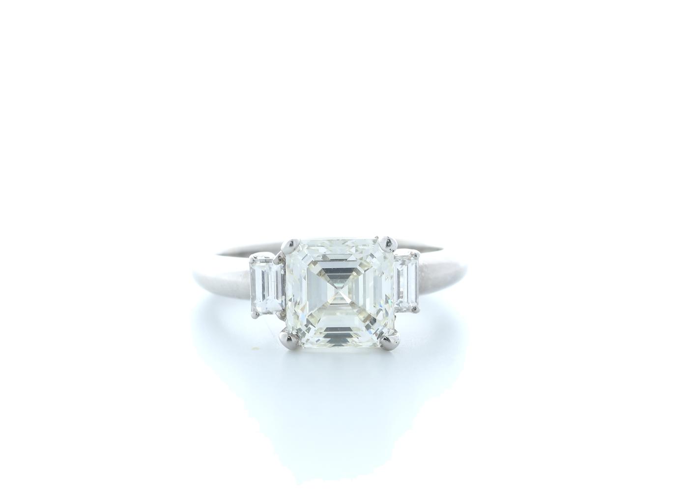18ct White Gold Three Stone Claw Set Diamond Ring 3.11(2.70) Carats