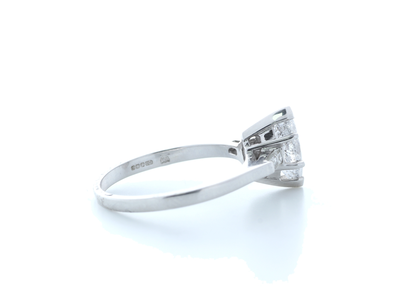 18ct White Gold Marquise Diamond With Stone Set Shoulders 1.22 Carats - Image 4 of 5