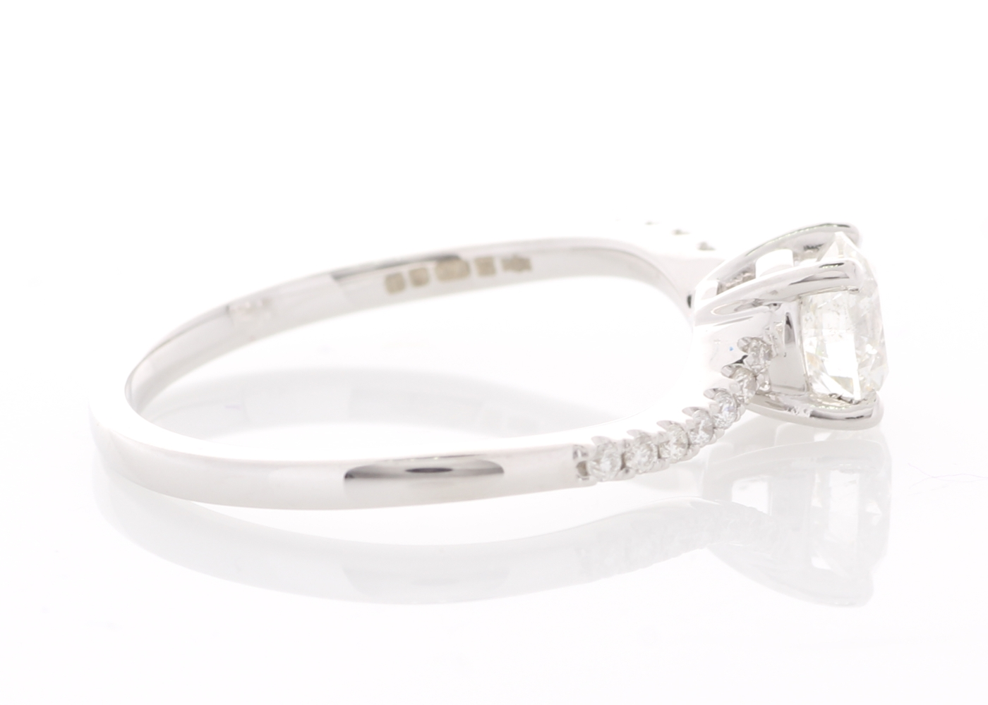 18ct White Gold Prong Set With Stone Set Shoulders Diamond Ring 0.73 Carats - Image 5 of 6