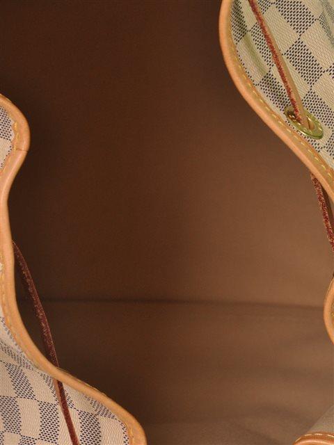 Louis Vuitton - Damier Azur Noe Bucket Leather Shoulder Bag - Image 4 of 8