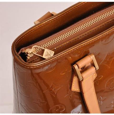 Louis Vuitton - Monogram Vernis Houston Shoulder Bag - Image 3 of 5