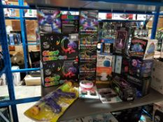 Approx. 22 Items Ð Mixed Lot To Inc Giant Bubble Hun, Disco 360 Ice, Dual Beam Laser Projector, Dino