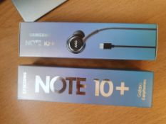 2 x samsung galaxy note 10+ type-c earphones black rrp £70