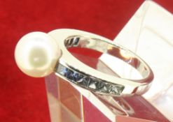 18ct 750 White Gold MIKIMOTO Pearl and Sapphire Ring