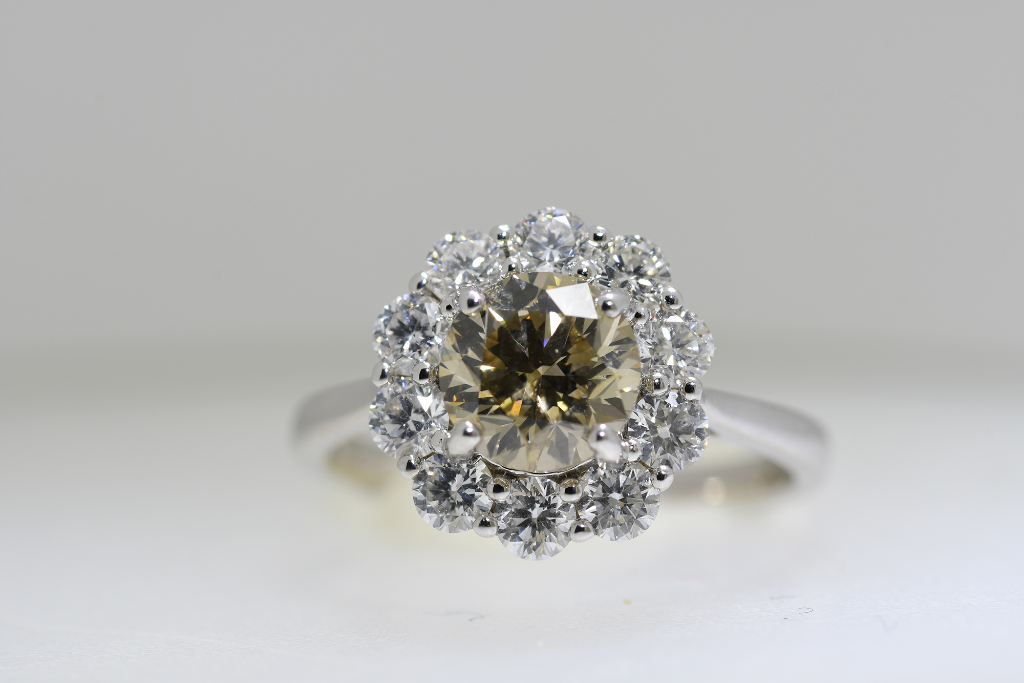 Cognac & White Diamond Ring - Image 4 of 4