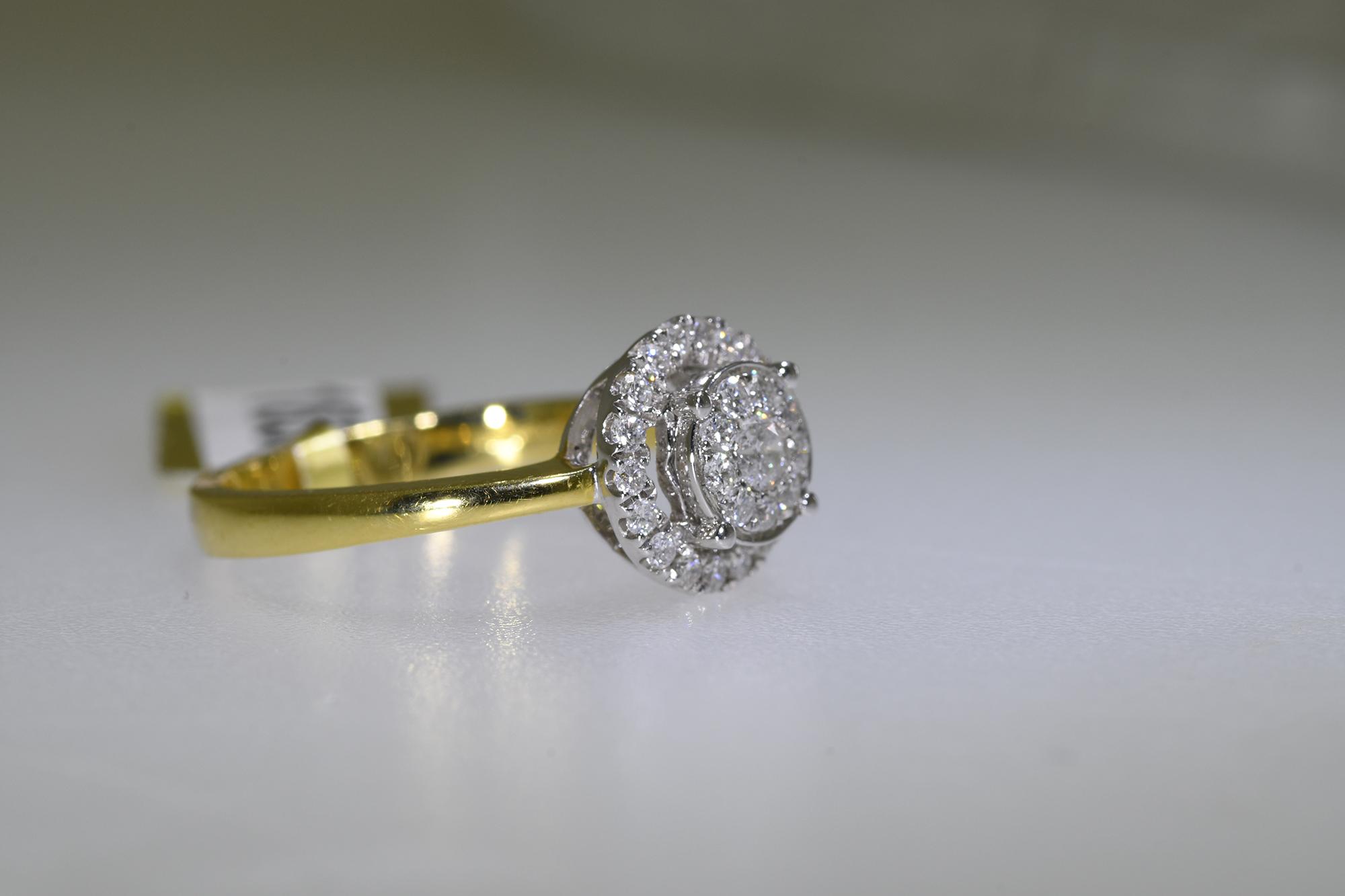 Diamond Ring - Image 2 of 2