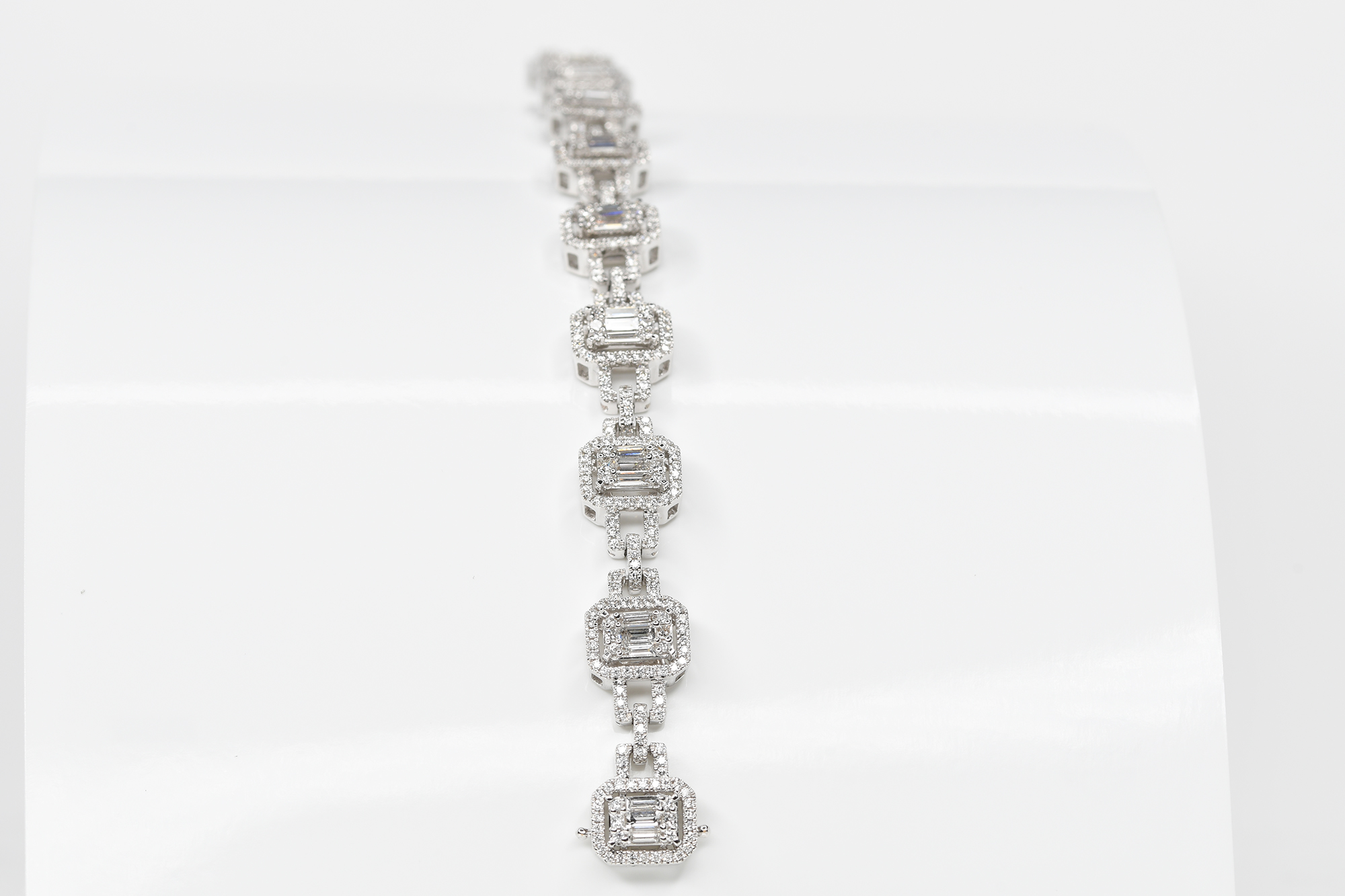 Diamond Bracelet - Image 2 of 3