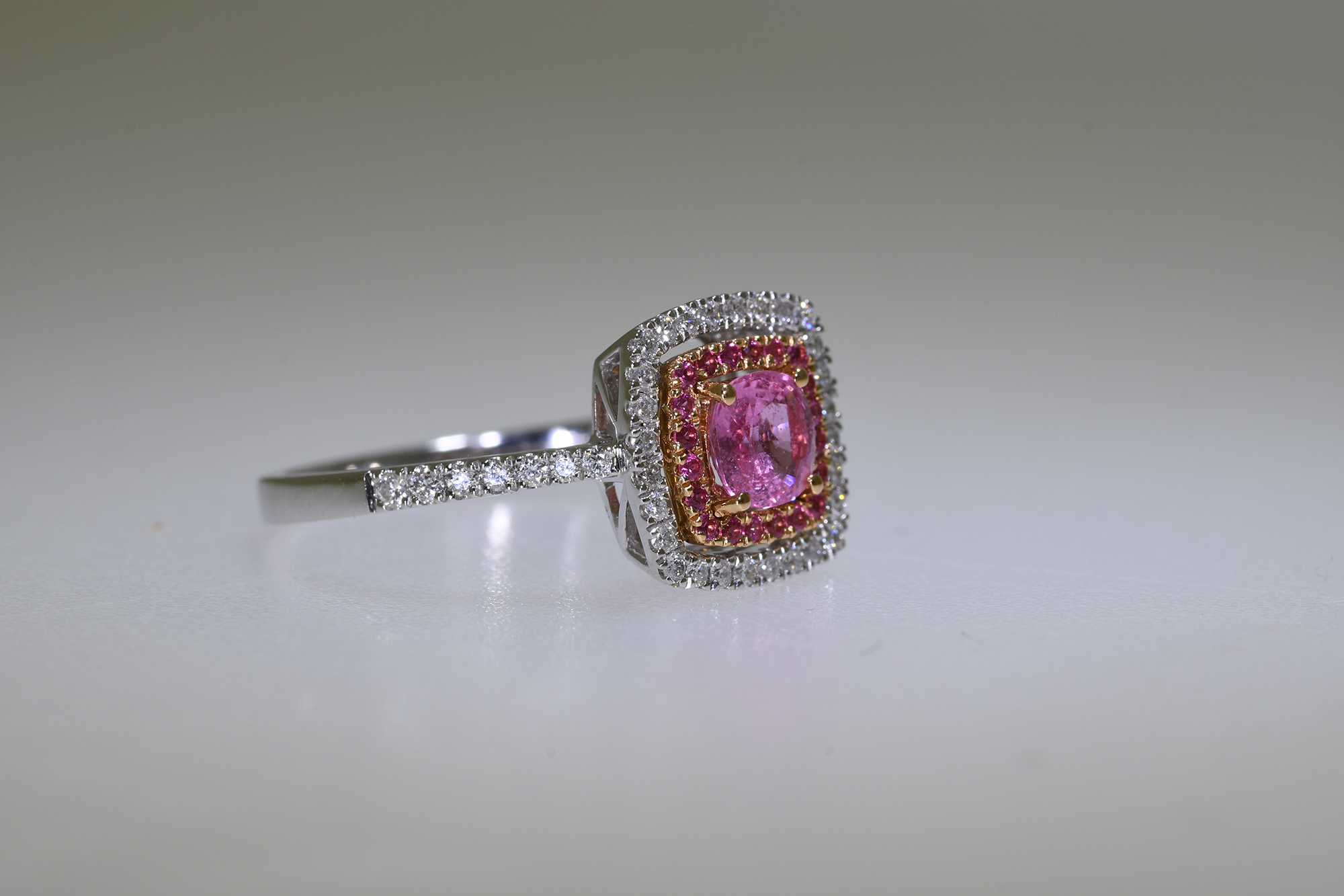 Pink Sapphire & Diamond Ring - Image 2 of 2