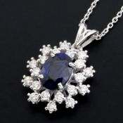 18K White Gold Sapphire Cluster Pendant Necklace Total 1.77 ct