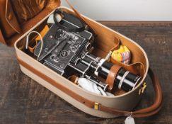 """Filmkamera """"Bolex H16"""" von Bolex Paillard (Schweiz, Bj. 1958), 16 mm, 3,2 kg schweres"""