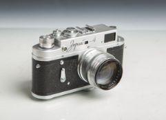 "Kamera ""Zorki-4"" (Made in USSR, Bj. 1956 - 973), Nr. 6224566, Objektiv ""Jupiter-3"", 1:1,5"