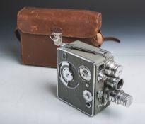 """Filmkamera """"Nizo-Heliomatic 8S-2R"""" von Braun AG (Eschborn, 1951), Objektivwechsel durch"""