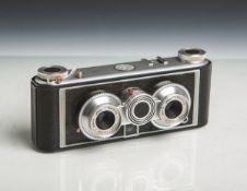 "Kamera ""Iloca Stereo 1"" (Hamburg, Bj. 1950/60er Jahre), 2 Objektive ""Jlitar"", 1:3,5 / 35,"
