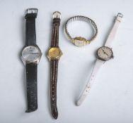 Konvolut von vier Armbanduhren, bestehend aus: 1x Alpina, 1x Pulsar Quartz, 1x Para Klasse