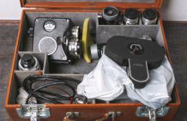 "Analoge Filmkamera ""Pentacon AK16"", Nr. 5021077, Objektivrevolver m. 3 Objektiven von C."