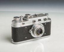 "Kamera ""Zorki S"" (Made in USSR, Bj. 1955 - 1958), Nr. 56000815, Objektiv ""Industar-22"","